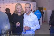 White Pearl Mountain Club - Saalbach (Snow Mobile) - Sa 06.12.2014 - Gerhard ZADROBILEK mit Freundin Heidi TSCHARF125