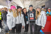 Snow Mobile Tag 3 - Saalbach - So 07.12.2014 - Oliver POCHER mit Fans36