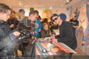 Robin Schulz Autogrammstunde - Swatch Store - Do 11.12.2014 - Robin SCHULZ7