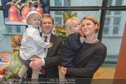 Energy for Life Weihnachtsball für Kinder - Hofburg - Di 16.12.2014 - Anja RICHTER, Christian DEUTSCH mit Kindern Julius46