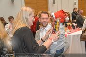 Energy for Life Weihnachtsball für Kinder - Hofburg - Di 16.12.2014 - Claudia ST�CKL, Georg URBANITSCH mit Kind47