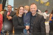 Energy for Life Weihnachtsball für Kinder - Hofburg - Di 16.12.2014 - Alex LIST mit Tanja und Sohn Felix51