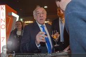 Kinopremiere ´Honig im Kopf´ - Cineplexx Donauplex - Mi 17.12.2014 - Dieter (Didi) HALLERVORDER gibt Autogramme, Fans46