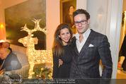 Weihnachtscocktail - Marika Lichter Wohnung - Do 18.12.2014 - Paul LICHTER mit Freundin Simi (Simone)15