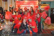 Seminaked in Red - Desigual - Sa 27.12.2014 - 11