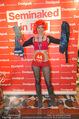 Seminaked in Red - Desigual - Sa 27.12.2014 - Kunden in Unterw�sche118