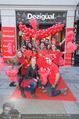 Seminaked in Red - Desigual - Sa 27.12.2014 - Teamfoto14