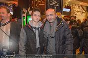Grand Royal Präsentation - McDonalds Filiale - Mi 07.01.2015 - Markus BRIER mit Sohn Constantin1