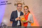 Grand Royal Präsentation - McDonalds Filiale - Mi 07.01.2015 - Andreas SCHMIDLECHNER, Bianca SCHWARZJIRG33