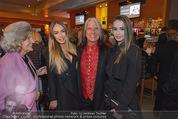 Schiller Neujahrscocktail - Hilton am Stadtpark - Do 08.01.2015 - Waterloo Hans KREUZMAYR mit T�chter Tatjana und Natalie24