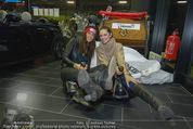 Promi Skirennen Kick-Of Event - Megadenzel Erdberg - Di 13.01.2015 - Anna HUBER, Tanja DUHOVICH4