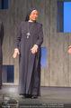 Premiere ´Zweifel´ - Stadttheater Walfischgasse - Mi 14.01.2015 - Anita AMMERSFELD als Nonne (B�hnenfoto)6