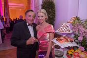 114. Zuckerbäckerball - Hofburg - Do 15.01.2015 - Richard und Cathy LUGNER1