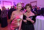 114. Zuckerbäckerball - Hofburg - Do 15.01.2015 - Cathy LUGNER, Edith LEYRER21