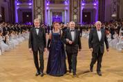 114. Zuckerbäckerball - Hofburg - Do 15.01.2015 - Balleröffnung, Einzug59