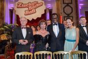 114. Zuckerbäckerball - Hofburg - Do 15.01.2015 - Alice TUMLER mit Freund Francis72