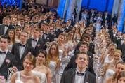 114. Zuckerbäckerball - Hofburg - Do 15.01.2015 - Balleröffnung, Debüdanten, Einzug, tanzen, Tanzpaare81