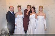 Opernball Pressekonferenz - Staatsoper - Di 20.01.2015 - Desiree TREICHL-ST�RGKH mit Deb�dantinnen, Dominique MEYER77