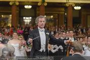 Philharmonikerball - Musikverein - Do 22.01.2015 - Franz WELSER-M�ST beim Dirigieren110