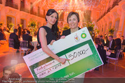 BP Charity Gala - Sofiensäle - Do 29.01.2015 - Sonja KLIMA, Gerlinde HOFER (Scheck�bergabe)132