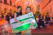 BP Charity Gala - Sofiensäle - Do 29.01.2015 - Sonja KLIMA, Gerlinde HOFER (Scheck�bergabe)136