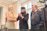 Lugner Ballkleid Anprobe - Popp & Kretschmer - Mo 02.02.2015 - Richard LUGNER, Wilhelm H�LLERBRAND, Cathy LUGNER (Schmitz)31