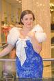 Olga Bezsmertna Kleidanprobe - Popp & Kretschmer - Do 05.02.2015 - Olga BEZSMERTNA11
