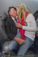 Elisabetta Canalis Abholung - Privatflug Mailand-Wien - Di 10.02.2015 - Richard und Cathy LUGNER9