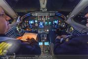 Elisabetta Canalis Abholung - Privatflug Mailand-Wien - Di 10.02.2015 - Cockpit10