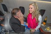 Elisabetta Canalis Abholung - Privatflug Mailand-Wien - Di 10.02.2015 - Richard und Cathy LUGNER18