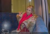 Elisabetta Canalis Abholung - Privatflug Mailand-Wien - Di 10.02.2015 - Cathy LUGNER2