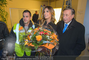 Elisabetta Canalis Abholung - Privatflug Mailand-Wien - Di 10.02.2015 - Richard LUGNER, Elisabetta CANALIS30
