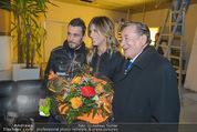 Elisabetta Canalis Abholung - Privatflug Mailand-Wien - Di 10.02.2015 - Richard LUGNER, Elisabetta CANALIS31