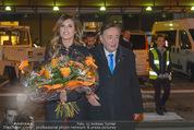 Elisabetta Canalis Abholung - Privatflug Mailand-Wien - Di 10.02.2015 - Richard LUGNER, Elisabetta CANALIS34