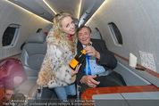 Elisabetta Canalis Abholung - Privatflug Mailand-Wien - Di 10.02.2015 - Richard und Cathy LUGNER4