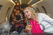 Elisabetta Canalis Abholung - Privatflug Mailand-Wien - Di 10.02.2015 - Cathy LUGNER46