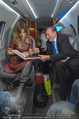 Elisabetta Canalis Abholung - Privatflug Mailand-Wien - Di 10.02.2015 - Elisabetta CANALIS, Richard LUGNER52