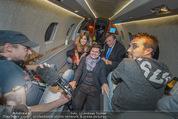 Elisabetta Canalis Abholung - Privatflug Mailand-Wien - Di 10.02.2015 - Elisabetta CANALIS, Titus und ATV-Team, Richard LUGNER63