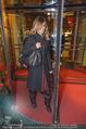 Elisabetta Canalis Abholung - Privatflug Mailand-Wien - Di 10.02.2015 - Elisabetta CANALIS87