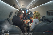 Elisabetta Canalis Abholung - Privatflug Mailand-Wien - Di 10.02.2015 - Richard und Cathy LUGNER8