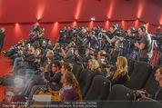 Elisabetta Canalis PK und Autogrammstunde - Lugner KinoCity - Mi 11.02.2015 - Elisabetta CANALIS, Richard LUGNER Medienrummel, Journalisten23
