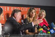 Elisabetta Canalis PK und Autogrammstunde - Lugner KinoCity - Mi 11.02.2015 - Elisabetta CANALIS, Richard LUGNER, Cathy LUGNER24