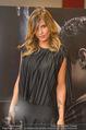 Elisabetta Canalis PK und Autogrammstunde - Lugner KinoCity - Mi 11.02.2015 - Elisabetta CANALIS backstage30