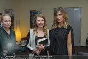 Elisabetta Canalis PK und Autogrammstunde - Lugner KinoCity - Mi 11.02.2015 - Elisabetta CANALIS backstage, Bettina SIEGL35