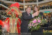 Elisabetta Canalis PK und Autogrammstunde - Lugner KinoCity - Mi 11.02.2015 - Elisabetta CANALIS, Richard LUGNER auf der B�hne52