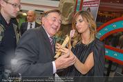 Elisabetta Canalis PK und Autogrammstunde - Lugner KinoCity - Mi 11.02.2015 - Elisabetta CANALIS und Richard LUGNER essen Giotto65