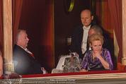 Opernball 2015 - Das Fest - Wiener Staatsoper - Do 12.02.2015 - Michael H�UPL und Ehefrau Barbara (H�rnlein) relativ einsam29