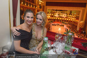Opernball 2015 - Das Fest - Wiener Staatsoper - Do 12.02.2015 - Kristina HASELBAUER, Cathy LUGNER63