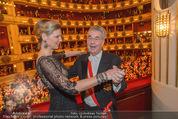 Opernball 2015 - Das Fest - Wiener Staatsoper - Do 12.02.2015 - Heinz FISCHER, Desiree TREICH-ST�RGKH tanzen in Loge93