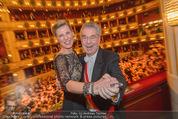 Opernball 2015 - Das Fest - Wiener Staatsoper - Do 12.02.2015 - Heinz FISCHER, Desiree TREICH-ST�RGKH tanzen in Loge95